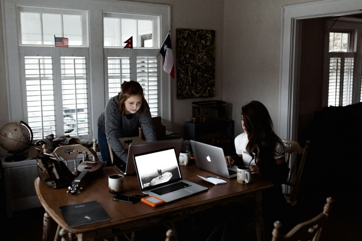 Working from home and caring for your home should seem like it's easy ... but at times it can feel close to impossible! There are ways you can start caring for your home when you work from home.