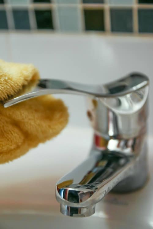 Ever wonder how you can keep a home when you don't feel like cleaning?