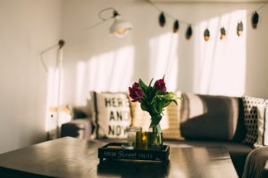If you're living in an apartment that's just blah - or any other home you wish you could change - it IS possible to fix your home decorating frustrations. (Even if you're on a limited budget.)